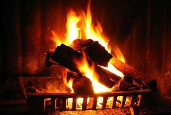 Μέσα στα ξύλα υπάρχει φωτιά, μα είναι κρυμμένη… | Ιερά Μονοπάτια