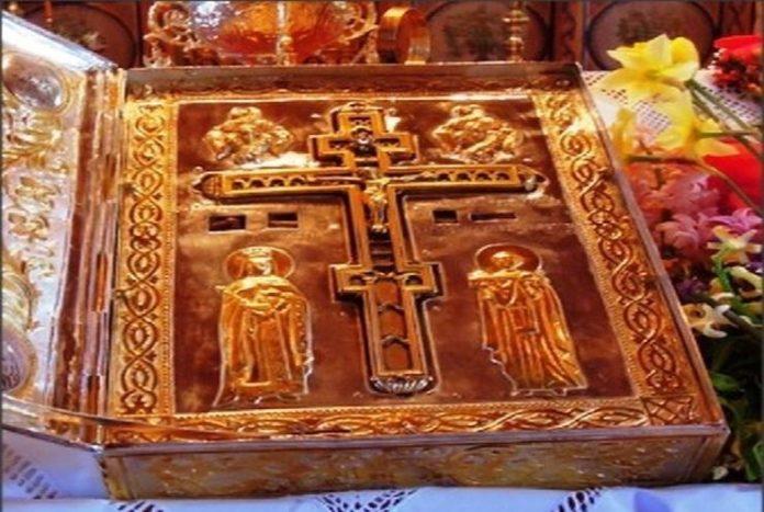 Τίμιο Ξύλο: Ένα μυστηριώδες ξύλο αλλιώτικο από τα άλλα... | Ιερά ...