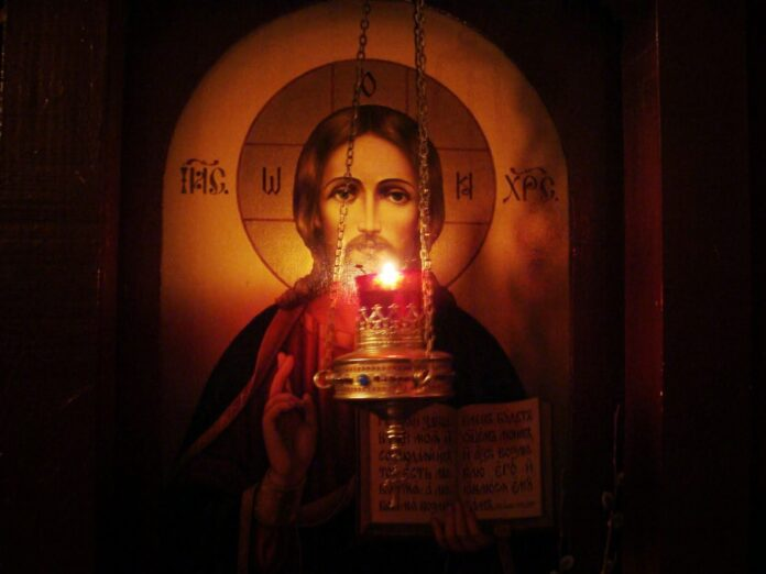 Η Προσευχή ποτέ δεν πάει χαμένη, είτε ο Θεός μας εισακούει είτε όχι | Ιερά  Μονοπάτια